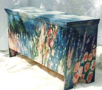 Painted Cottage Trunk from my Painted Furniture Collection at laurierohner.com