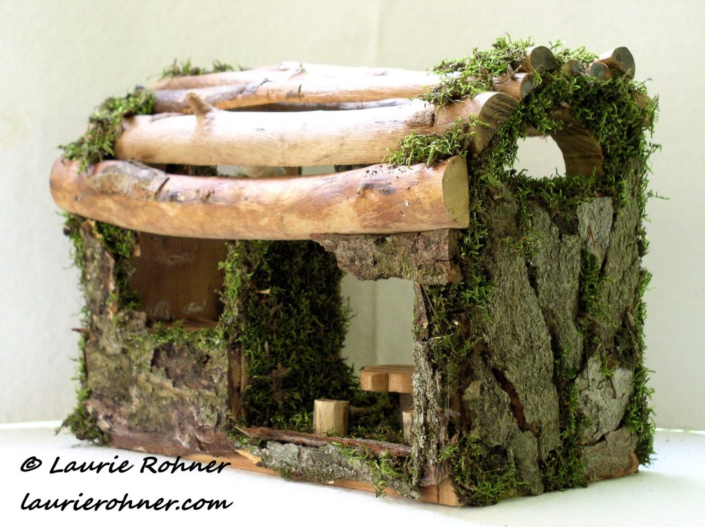 Woodland Moss Fairy House Hand Sculpted Garden Cottage