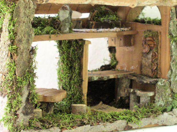 Hand Sculpted Garden Cottage Inside View.